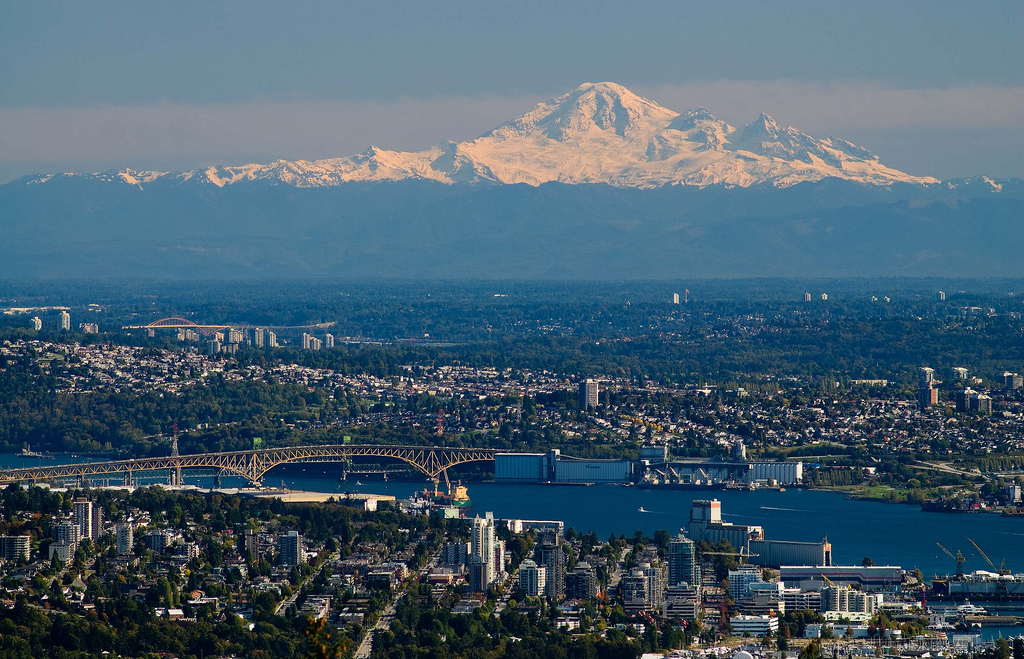 Vancouver and Mt Baker © Gord McKenna
