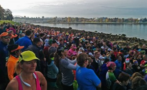 Huge crowds of runners await the start of the 2015 Rock 'n' Roll 10K in Vancouver. (Jenni Sheppard)