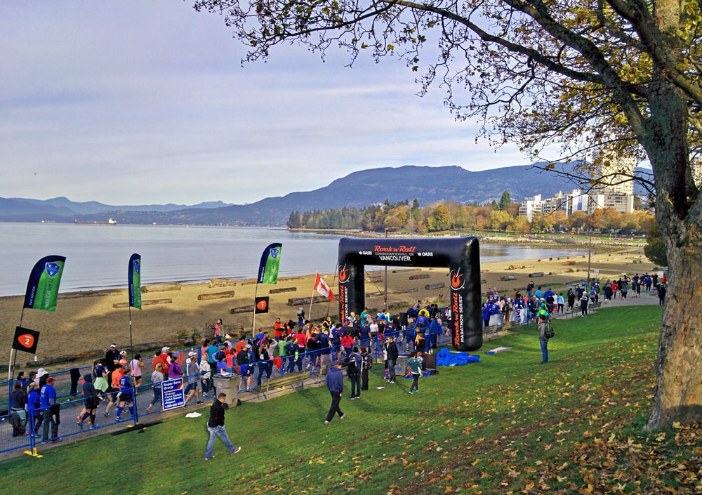 And we're off! Corral after corral of runners begin the scenic run around the seawall! (Jenni Sheppard)