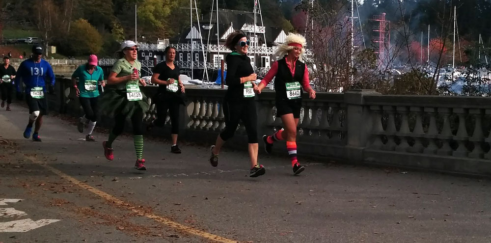 These rockers looked way too breezy as they crossed the finish line! (Jenni Sheppard)