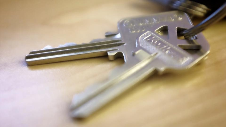 Vancouver real estate - The keys to our new home (Conrad Olson)